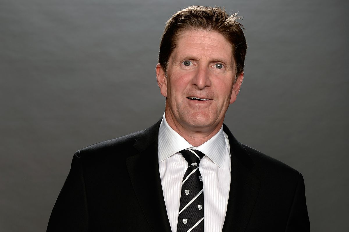 Am I warm and cuddly every day? I am with my family.- Mike Babcock