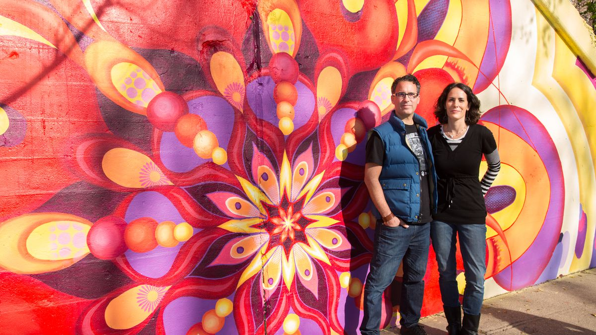 Lea Pinsky and Dustin Harris have been bringing murals to Chicago and Evanston since 2005.