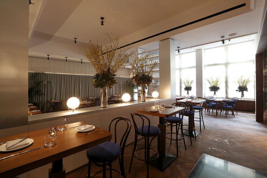 Opening Alert: Hamptons Import Bay Kitchen Bar Brings the Seaside ...