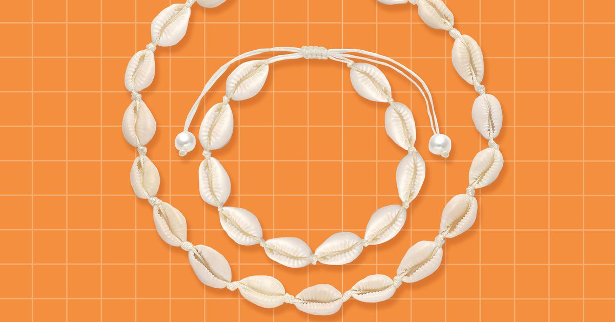 How the very 2000s puka shell necklace made a comeback