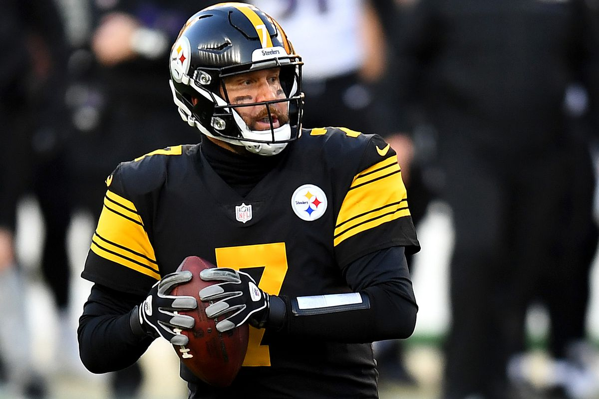 Ben Roethlisberger #7 of the Pittsburgh Steelers drops back for a pass during the first quarter against the Baltimore Ravens at Heinz Field on December 02, 2020 in Pittsburgh, Pennsylvania.