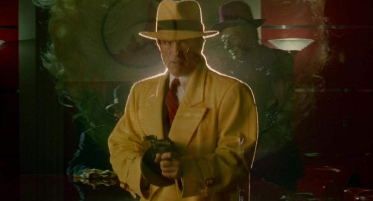 Warren Beatty is Dick Tracy