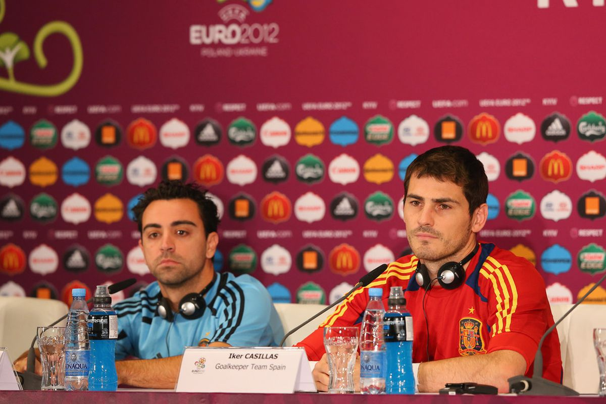 Two of the biggest personalties in the Spain dressing room, Xavi Hernandez and Iker Casillas (Getty Images)