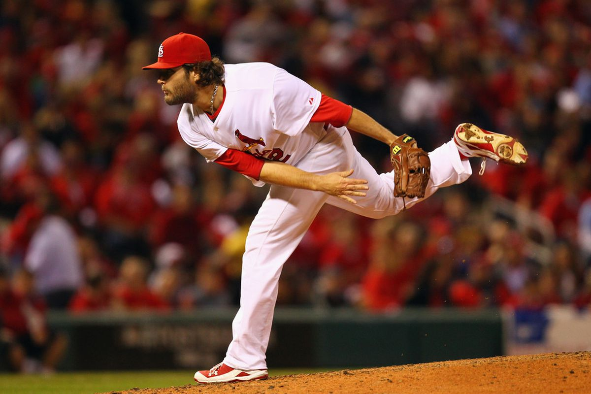 Pitcher Lance Lynn of the St. Louis Cardinals (Photo by Dilip Vishwanat/Getty Images)