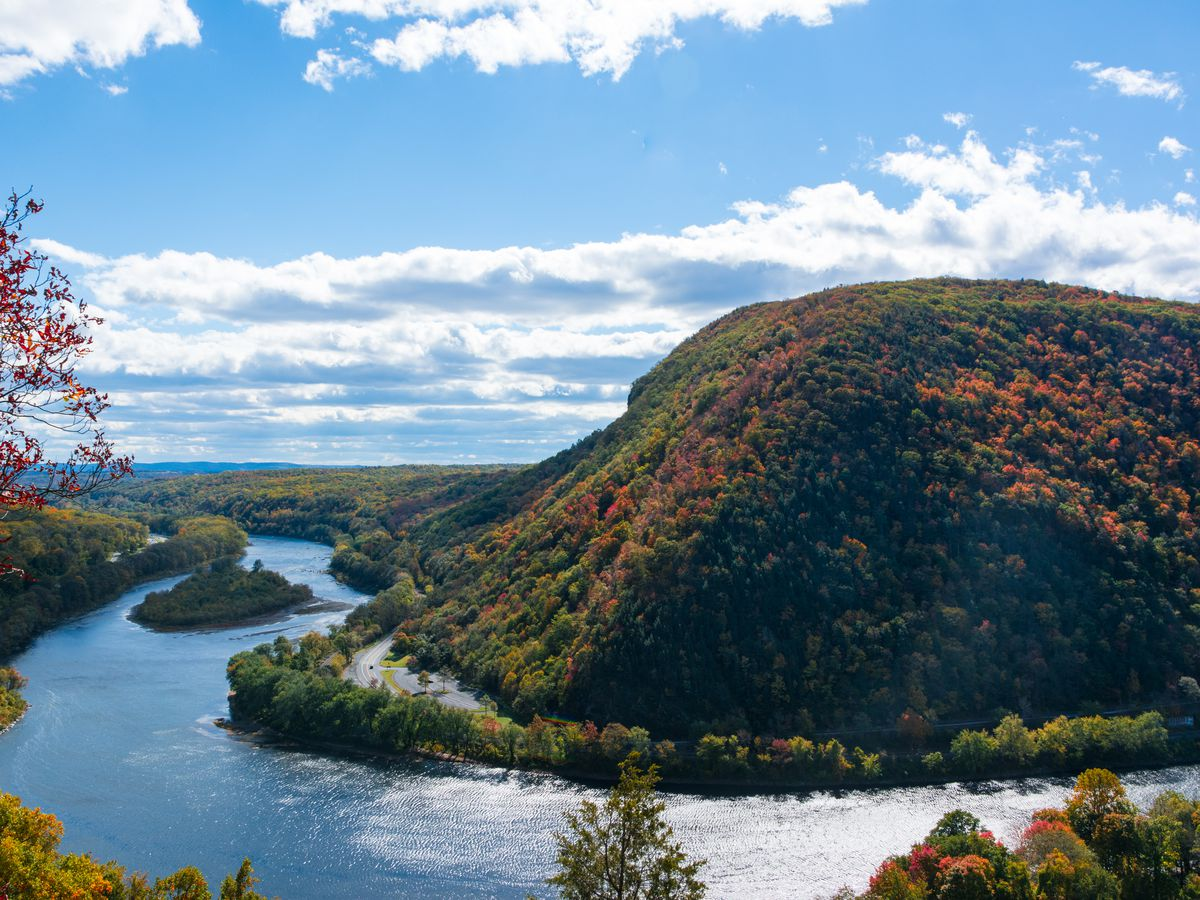 Its Easy To See Why The Delaware Water Gap Is One Of Most Popular Hikes In Region Via Flickr Peter Miller