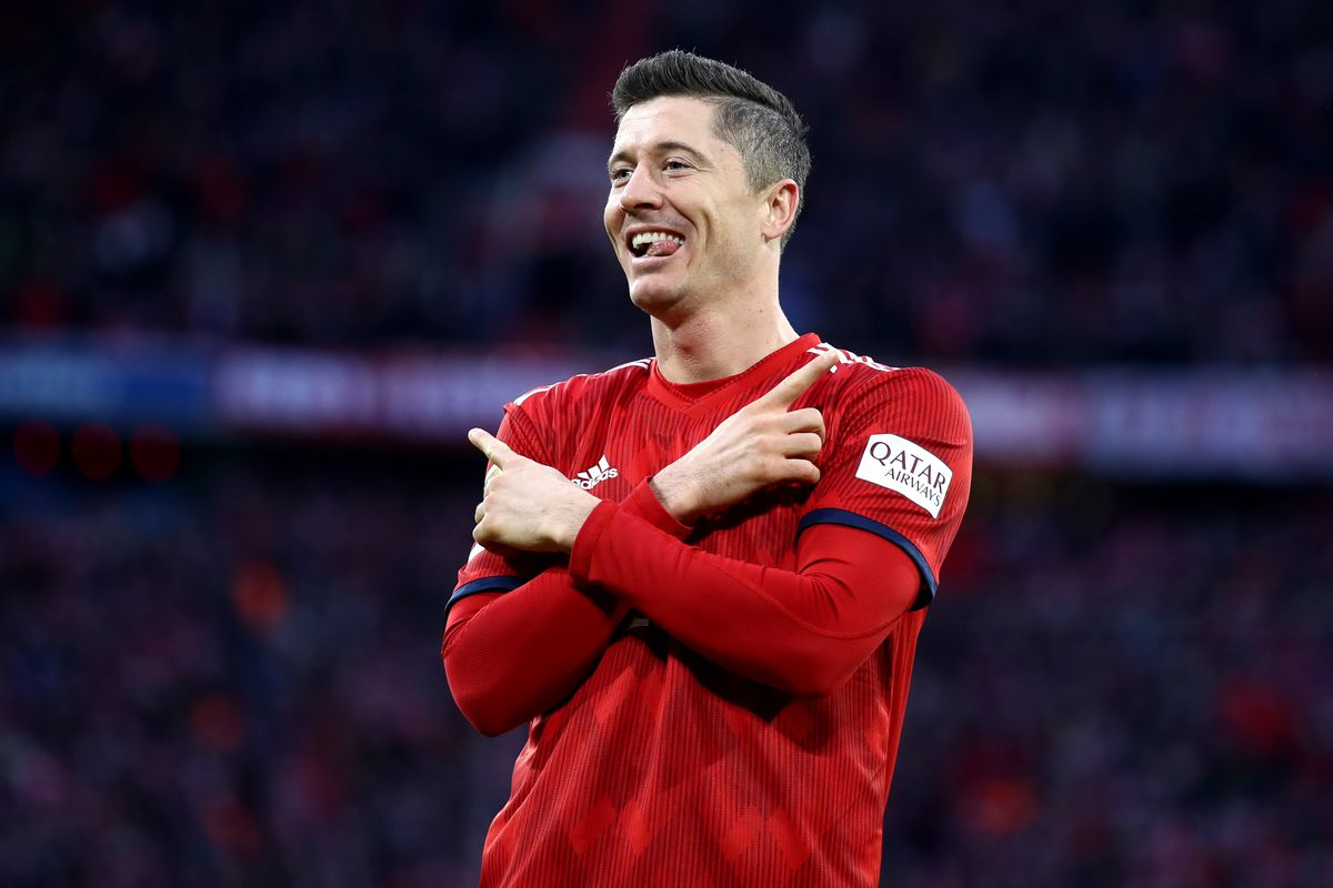 e75f81d86e5 Robert Lewandowski close to signing a contract extension with Bayern Munich