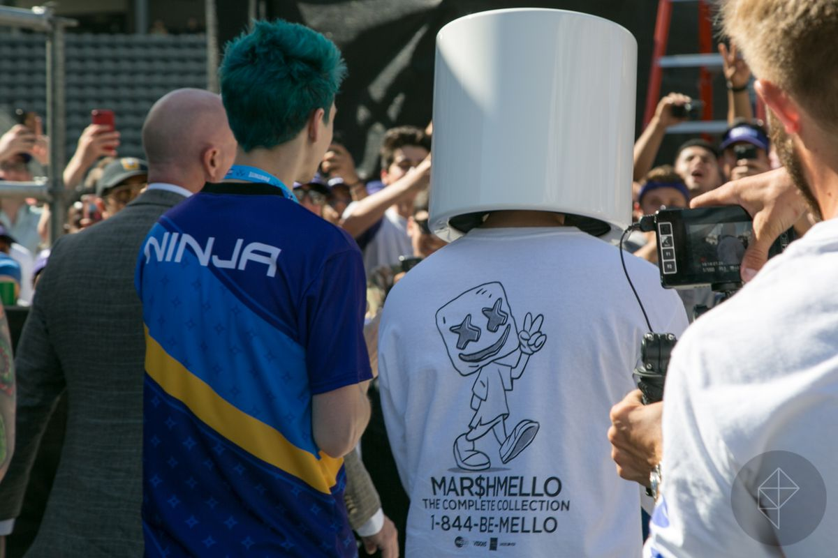 Fortnite Pro-Am - Ninja and Marshmello from behind