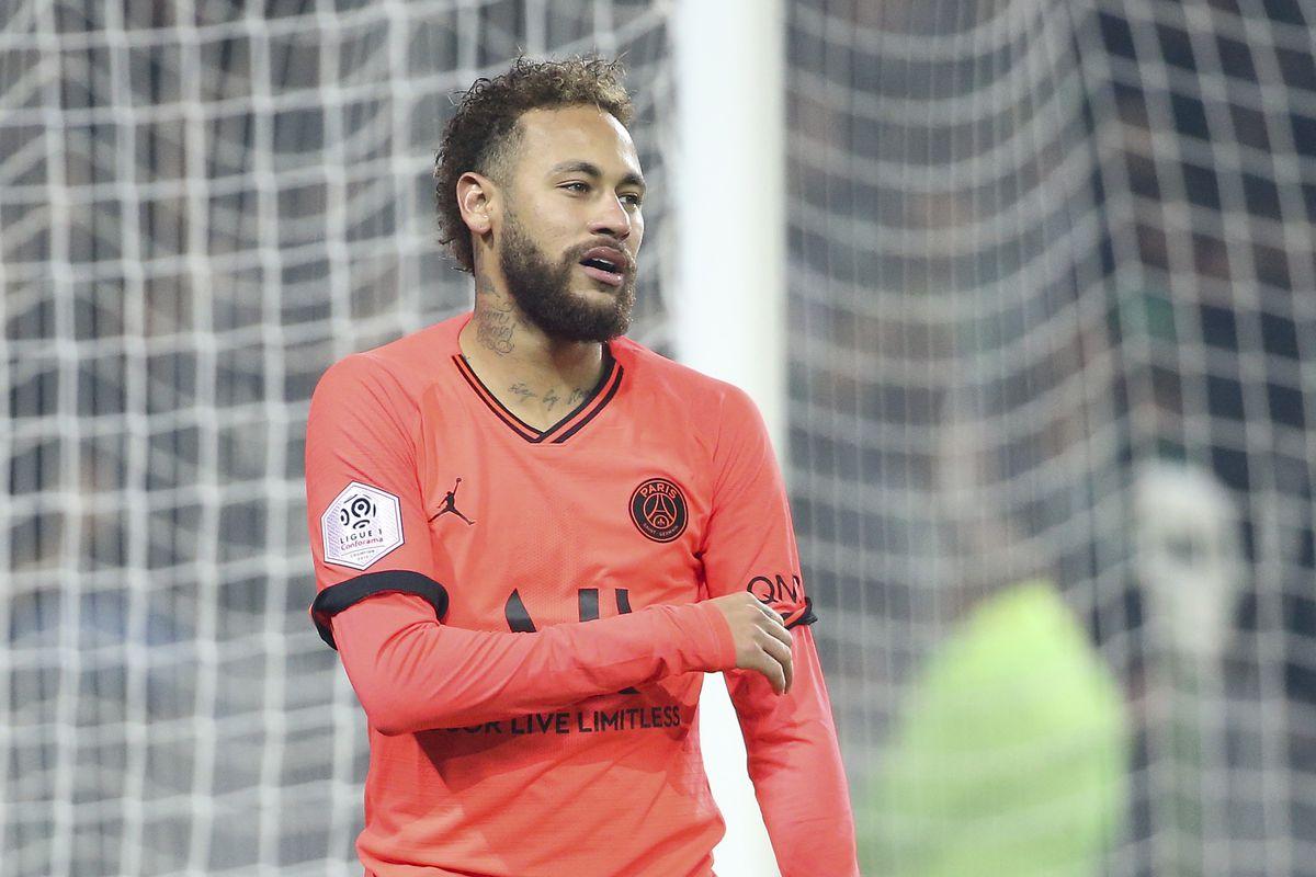 AS Saint-Etienne v Paris Saint-Germain - Ligue 1