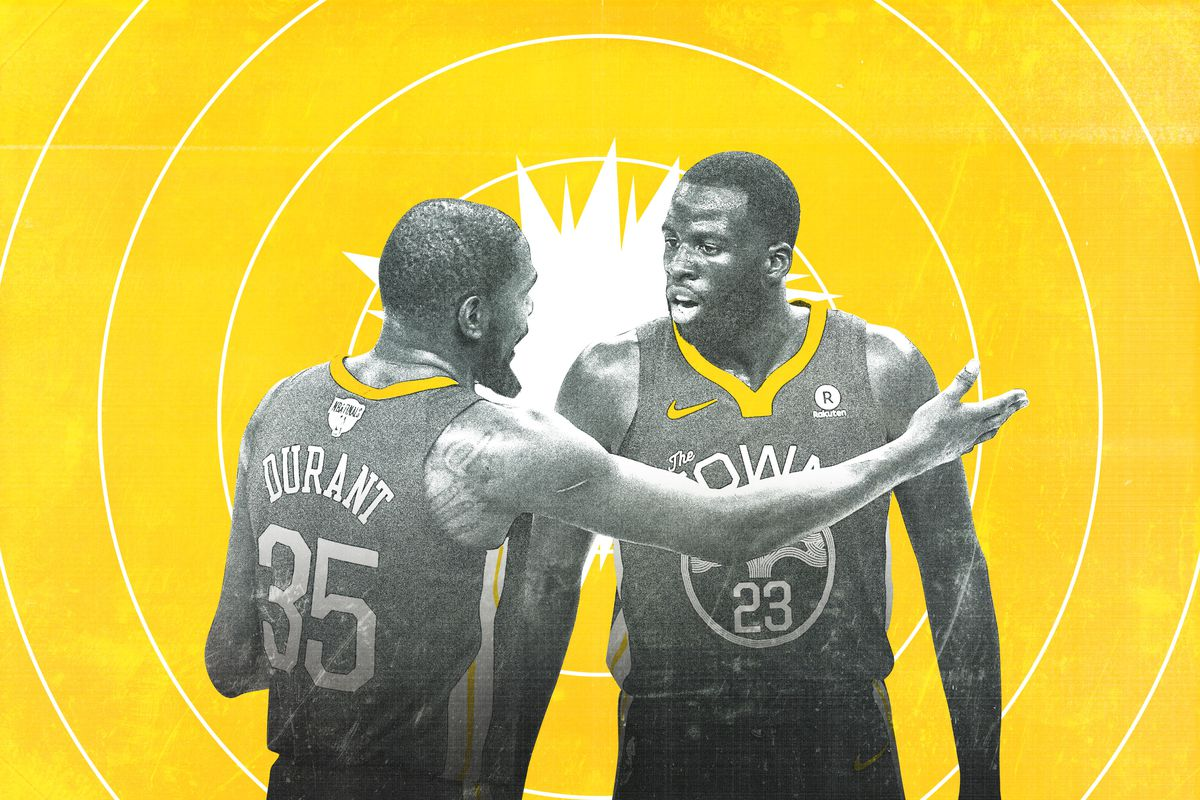 Kevin Durant arguing with Draymond Green