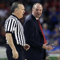 Ohio State head coach Thad Matta calls out to an official during the second half of an NCAA Final Four semifinal college basketball tournament game against Kansas Saturday, March 31, 2012, in New Orleans.