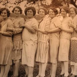 The women of Ardiana's Italian family. Grandma Gialina is fourth in on the left.