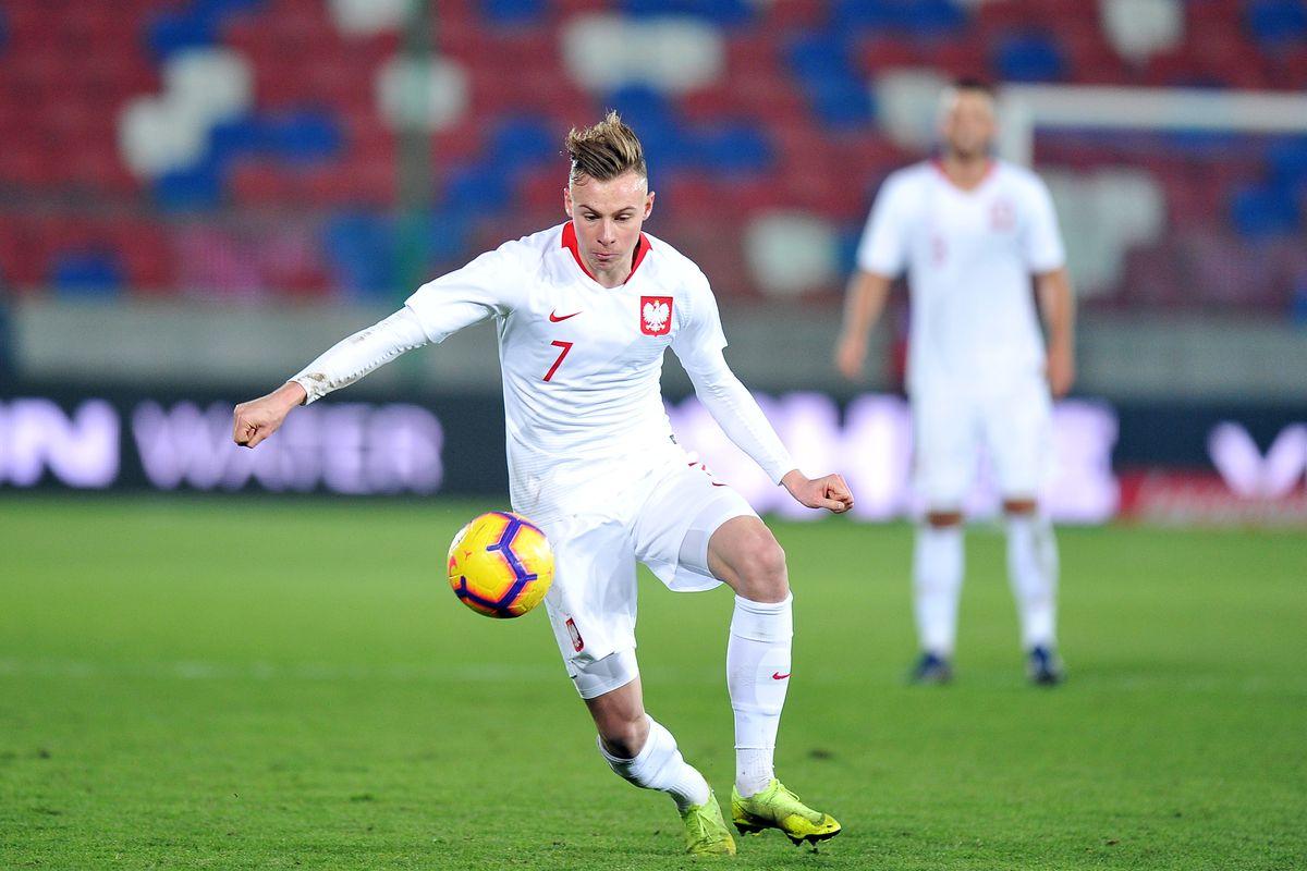 ZABRZE, POLAND - NOVEMBER 16: Szymon Zurkowski of Poland in action during the European Under-21 Championship Qualifier match between Poland U21 and Portugal U21 on November 16, 2018 in Zabrze, Poland. (