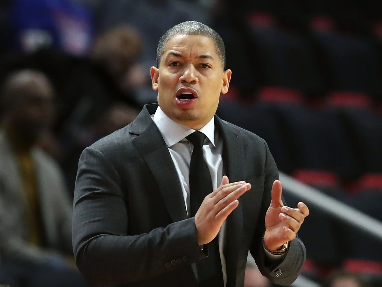 Tyronn Lue expected to become next Clippers coach