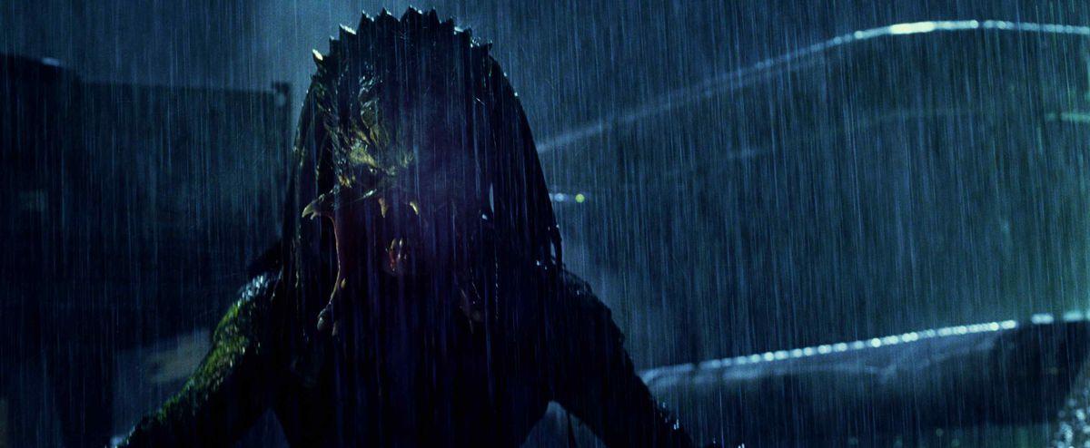 the predator in the rain in alien vs predator requiem