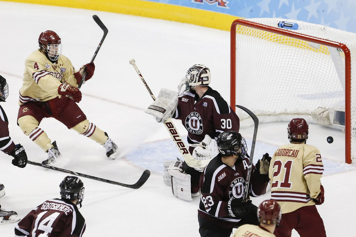 Teddy Doherty (4) was named the Hockey East Defensive Player of the Week.