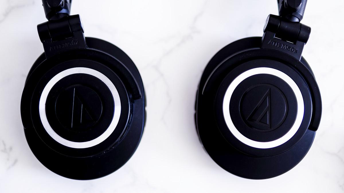 Black ATH-M50xBT Audio Techinica Headphones.