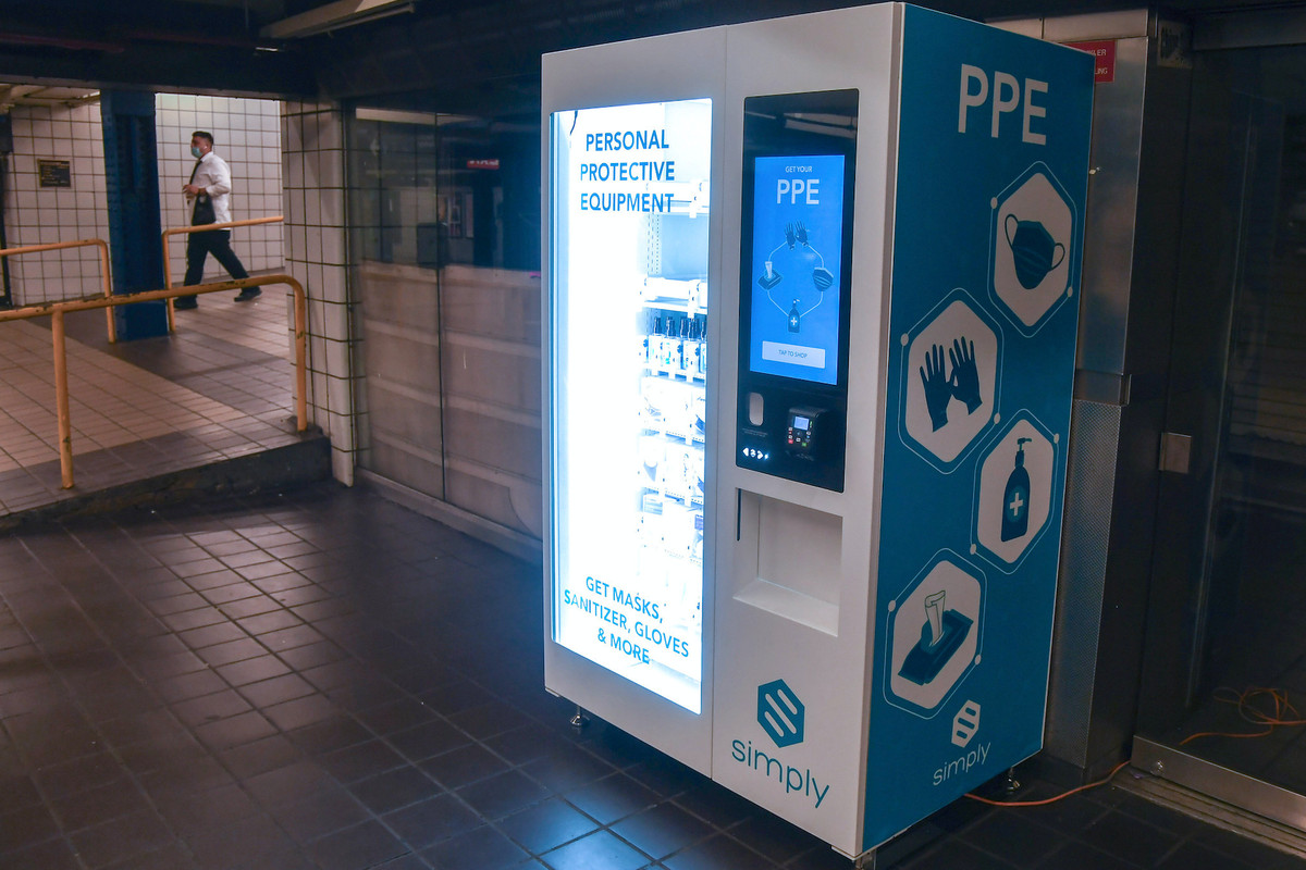 The vending machines will be installed and operated by thevendor Canteen, which already has similar machinesin Metropolitan Transportation Authority stations in New York.