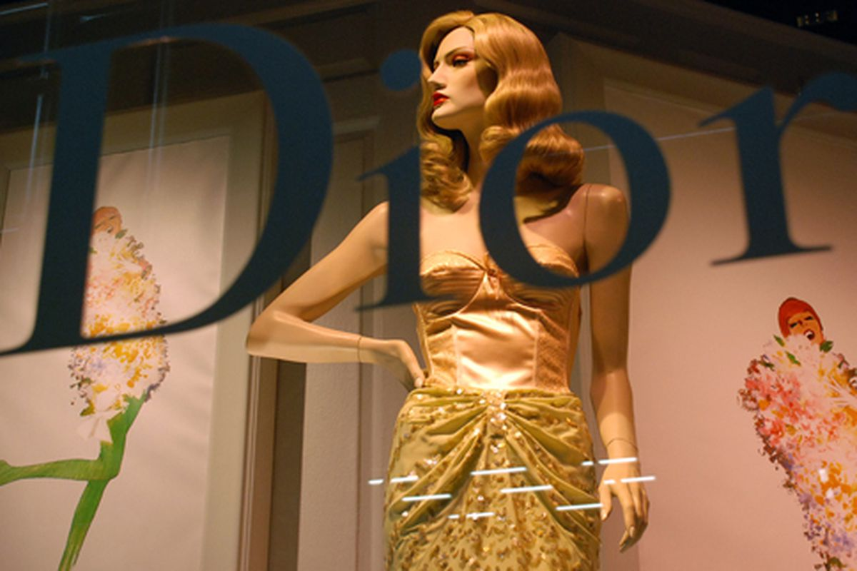 """In the window at Dior via <a href=""""http://www.flickr.com/photos/jetsetcd/4517286691/in/pool-312691@N20"""">Jetsetcd</a>/Racked Flickr Pool"""