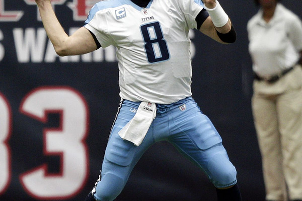 HOUSTON, TX - JANUARY 01:  Quarterback Matt Hasselbeck #8 of the Tennesse Titans throws downfield against the Houston Texans at Reliant Stadium on January 1, 2012 in Houston, Texas.  (Photo by Bob Levey/Getty Images)