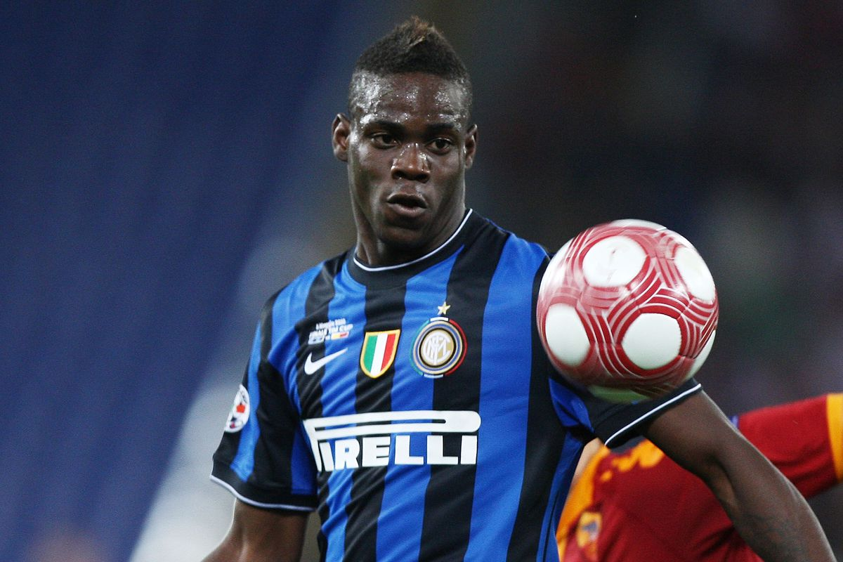 san francisco 8393f fc0a8 Liverpool FC Transfer Rumours: Inter Milan Reject Balotelli ...