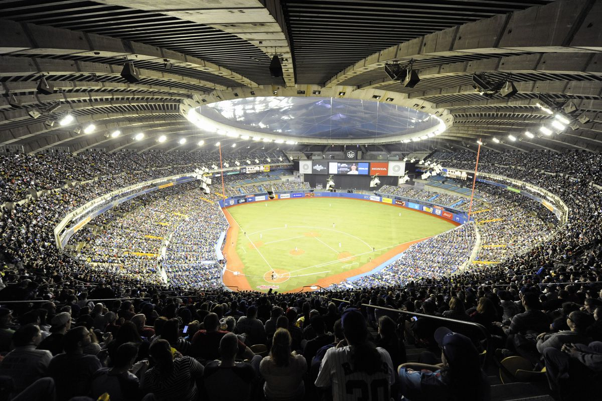 Olympic Stadium in Montreal, filled to the brim for 2016 exhibition