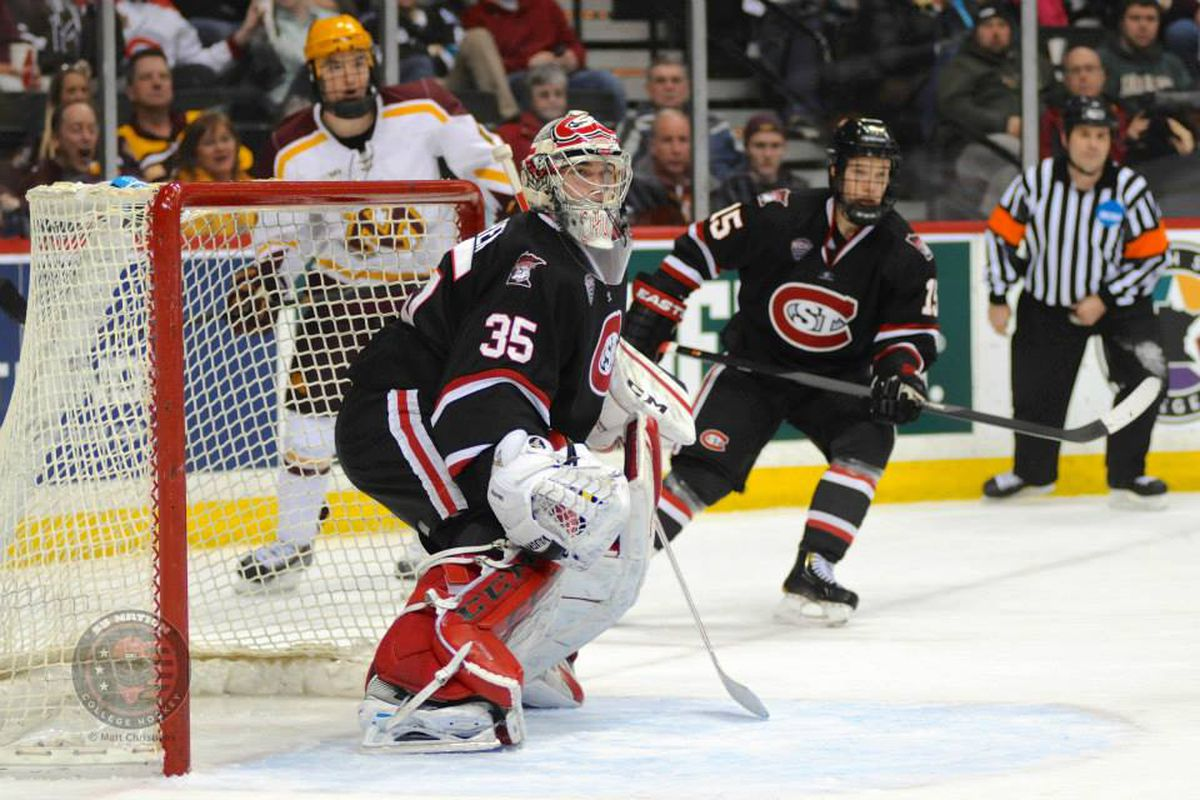 Charlie Lindgren made 30 stops for his second shutout in as many starts this season