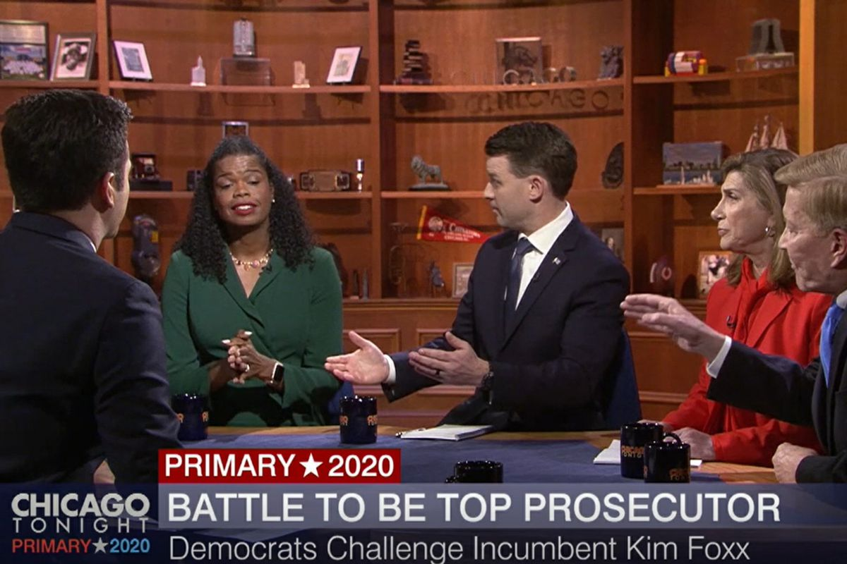 WTTW-TV's Paris Schutz, left, moderates a debate between, left to right, Cook County State's Attorney Kim Foxx, Bill Conway, Donna More and Bob Fioretti.