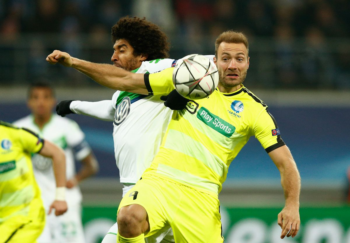 KAA Gent v VfL Wolfsburg - UEFA Champions League Round of 16: First Leg