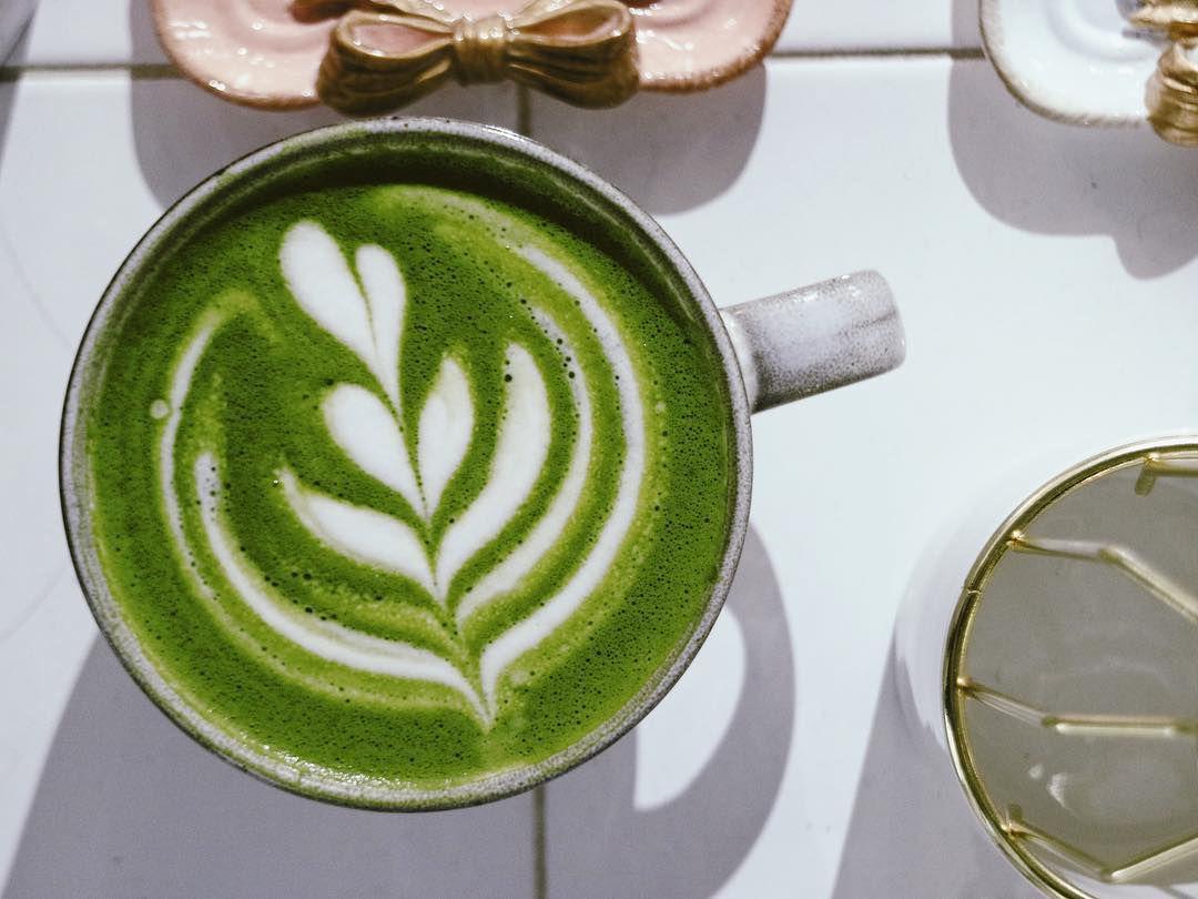 Matcha latte at Momo Cafe