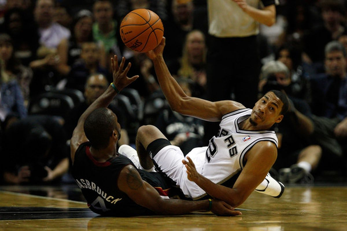 The Spurs KNOW hustle, as evidenced by Garrett Temple's performance tonight.