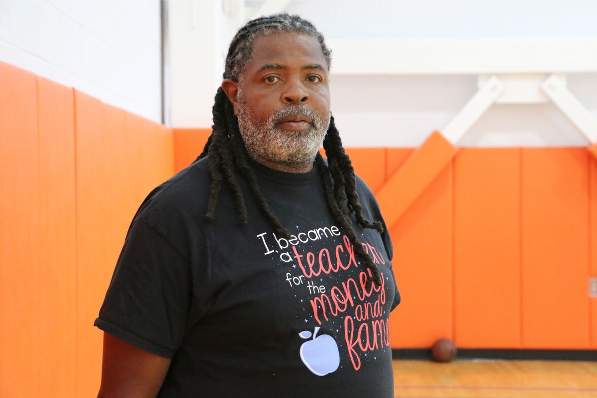 """Shawn McCray is the head coach of the Central High School basketball team and a star of the new YouTube series, """"Best Shot."""""""