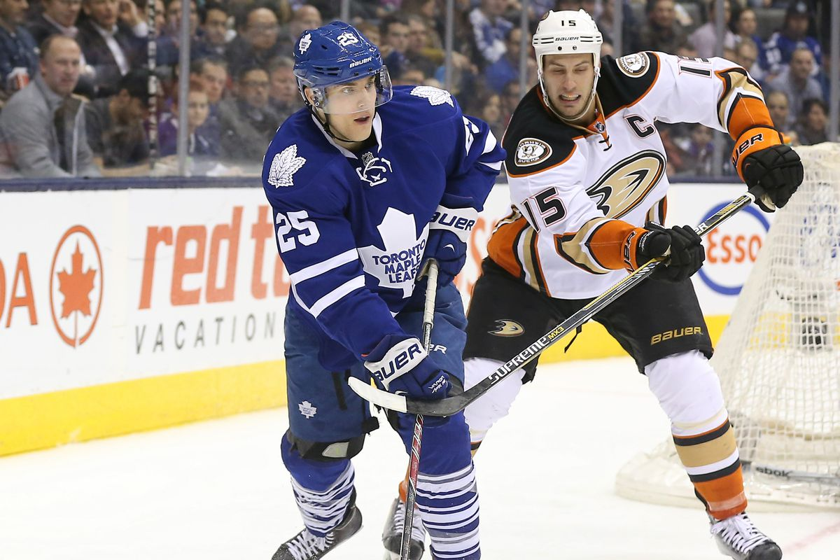 After seeing Mike Santorelli with Toronto and Nashville last season, Ryan Getzlaf and company will see him in the locker room.