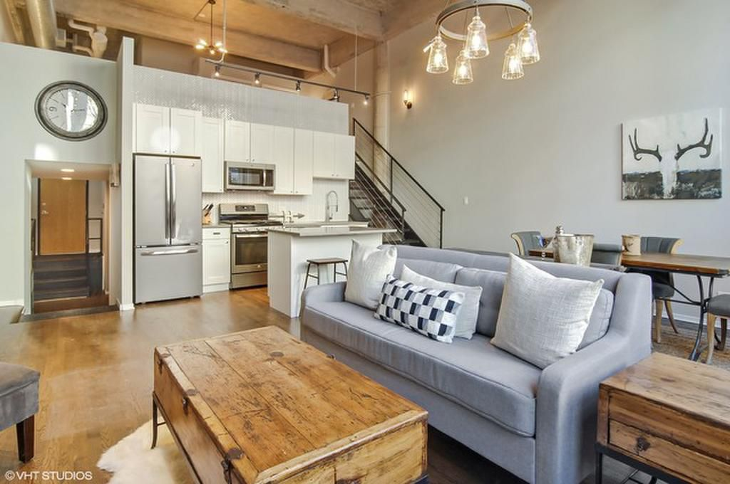 Lofts In Lakeview Chicago