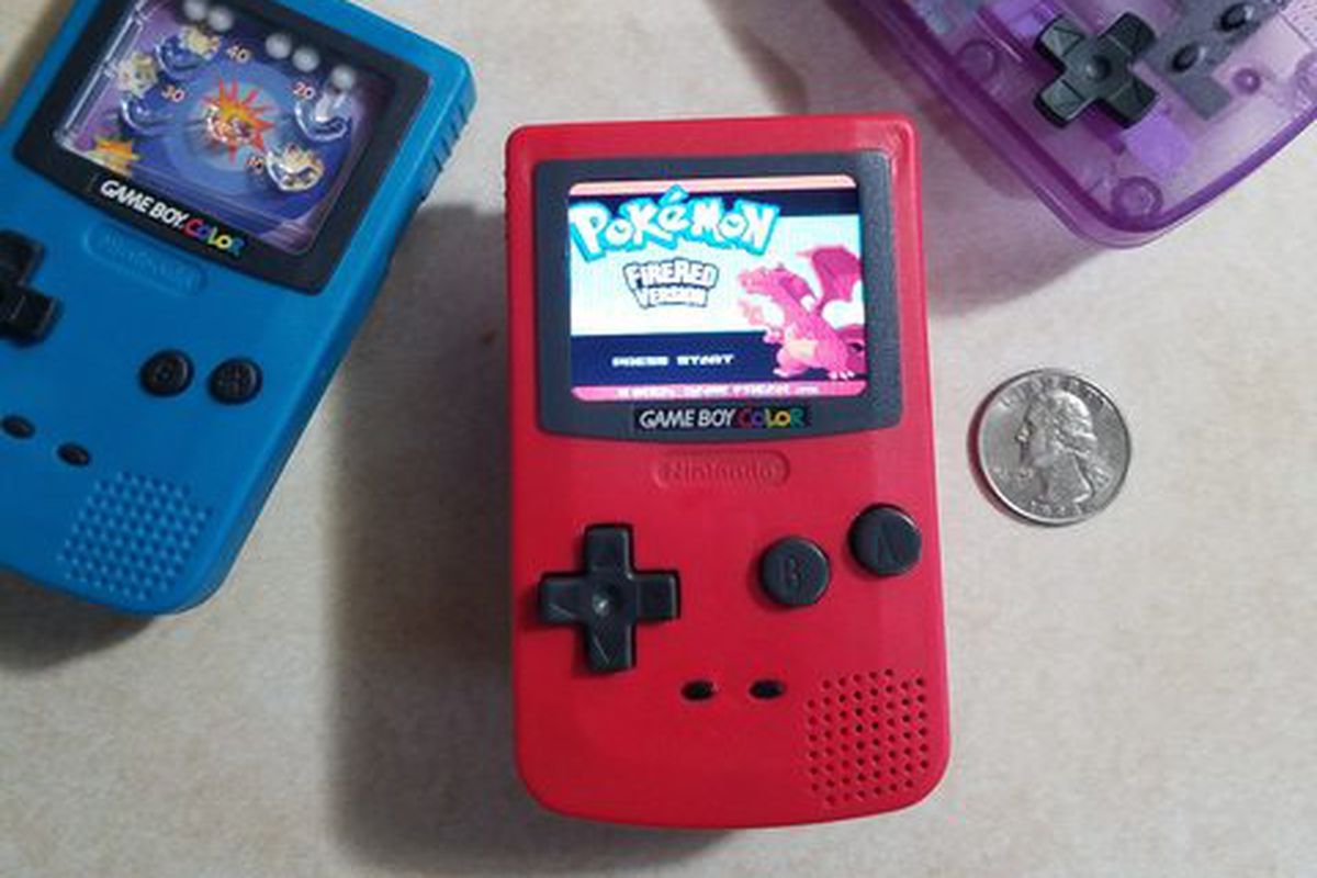 Burger King toy turned into tiny working Game Boy Nano - The