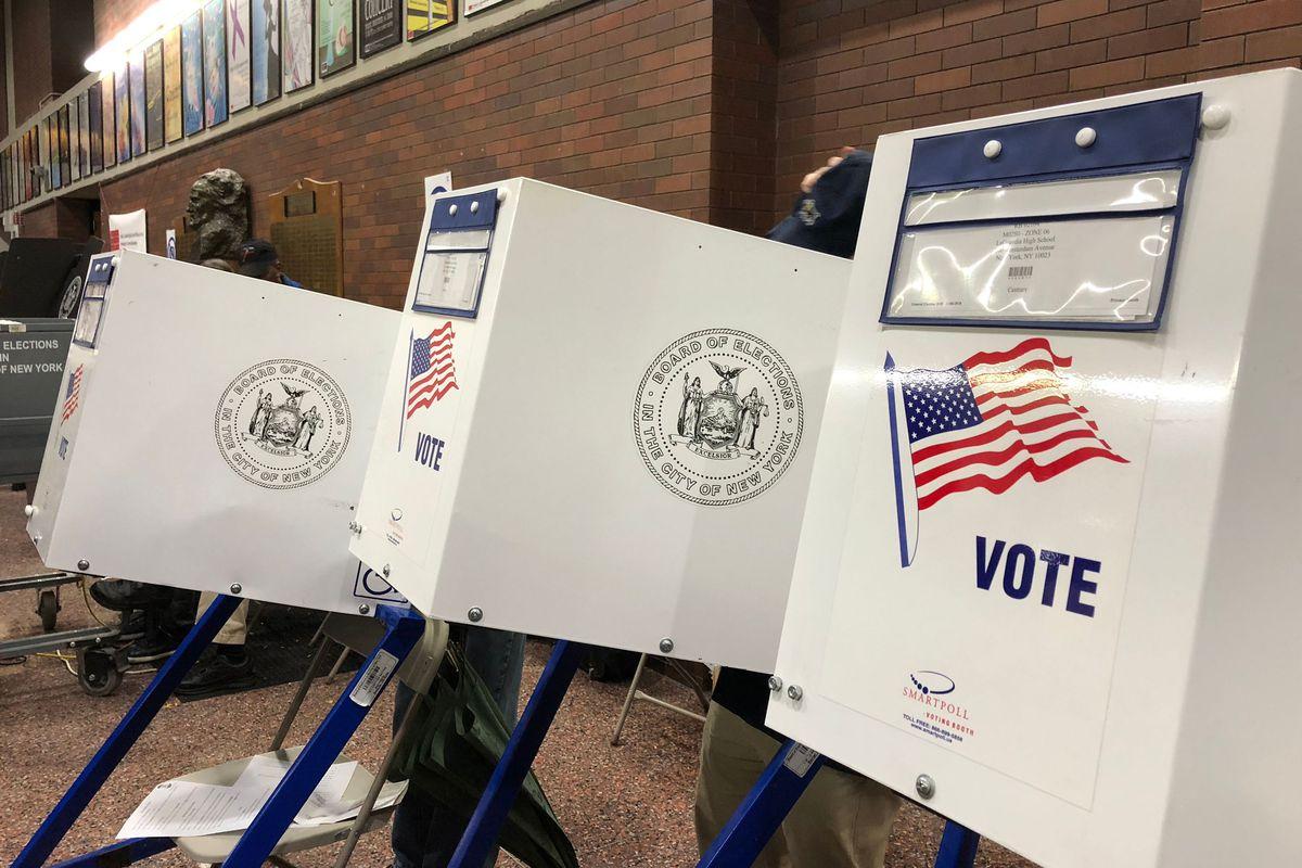 Voting in Manhattan, 2018.