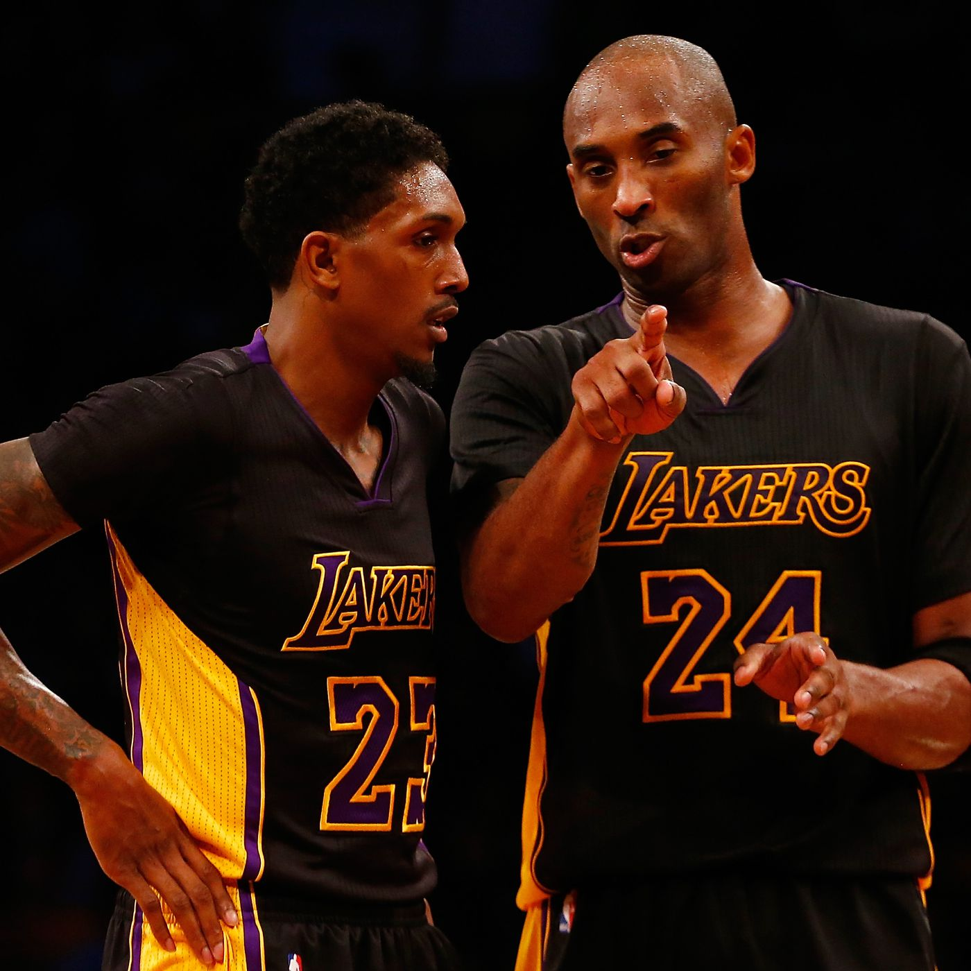 Kobe once told the Lakers he had to touch the ball on every ...