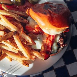 The finished product is (arguably) Texas' finest burger.