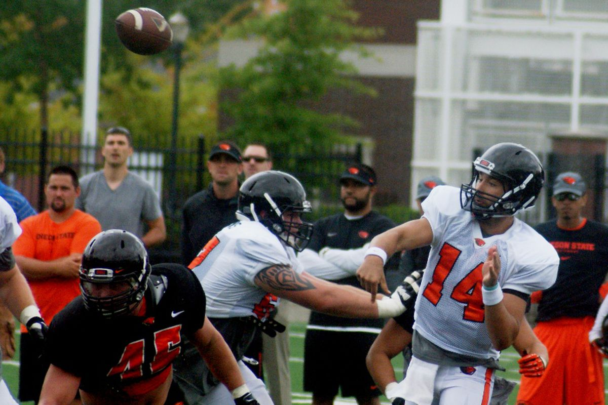 Oregon St. is still figuring out how to best use both QB Cody Vaz and defensive lineman Dylan Wynn.