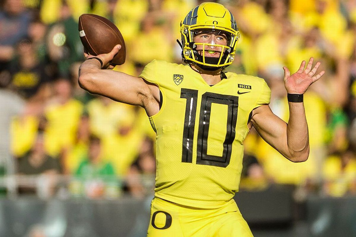 Pac 12 Football Opponent Preview - Oregon