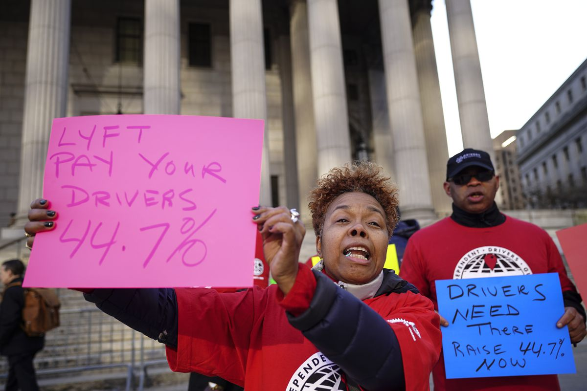 Independent Drivers Guild Protests Loft's Defendant to Overcome Minimum Wage