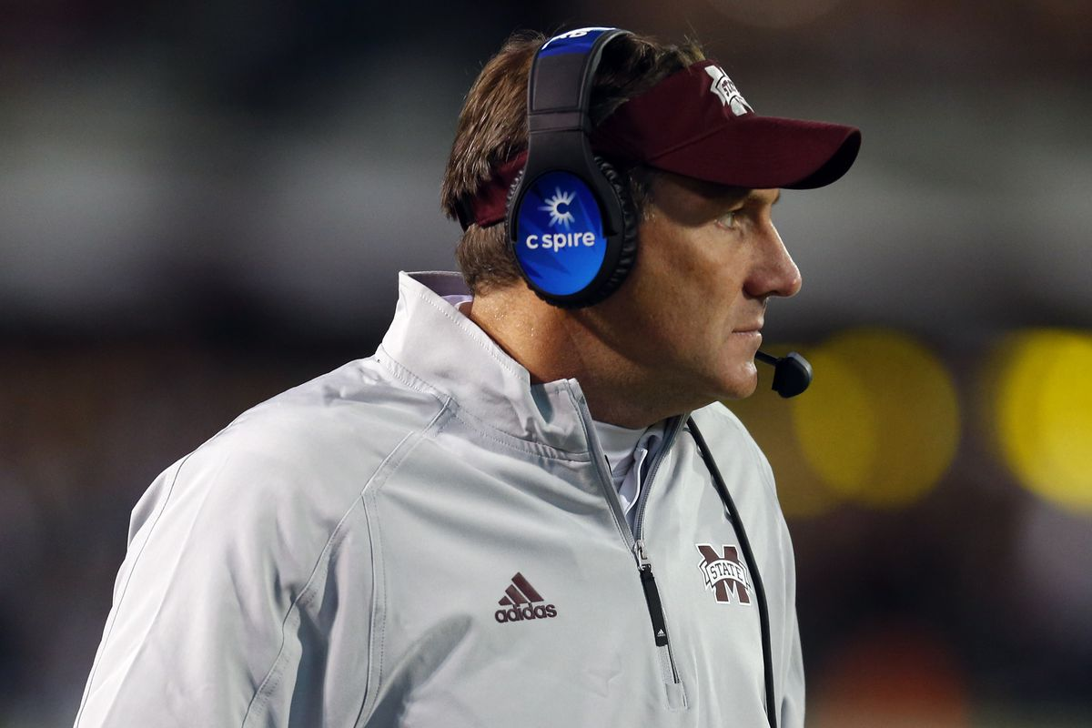STARKVILLE, MS - NOVEMBER 11:  Head coach Dan Mullen of the Mississippi State Bulldogs watches during the second half of an NCAA football game against the Alabama Crimson Tide at Davis Wade Stadium on November 11, 2017 in Starkville, Mississippi. (Photo by Butch Dill/Getty Images)