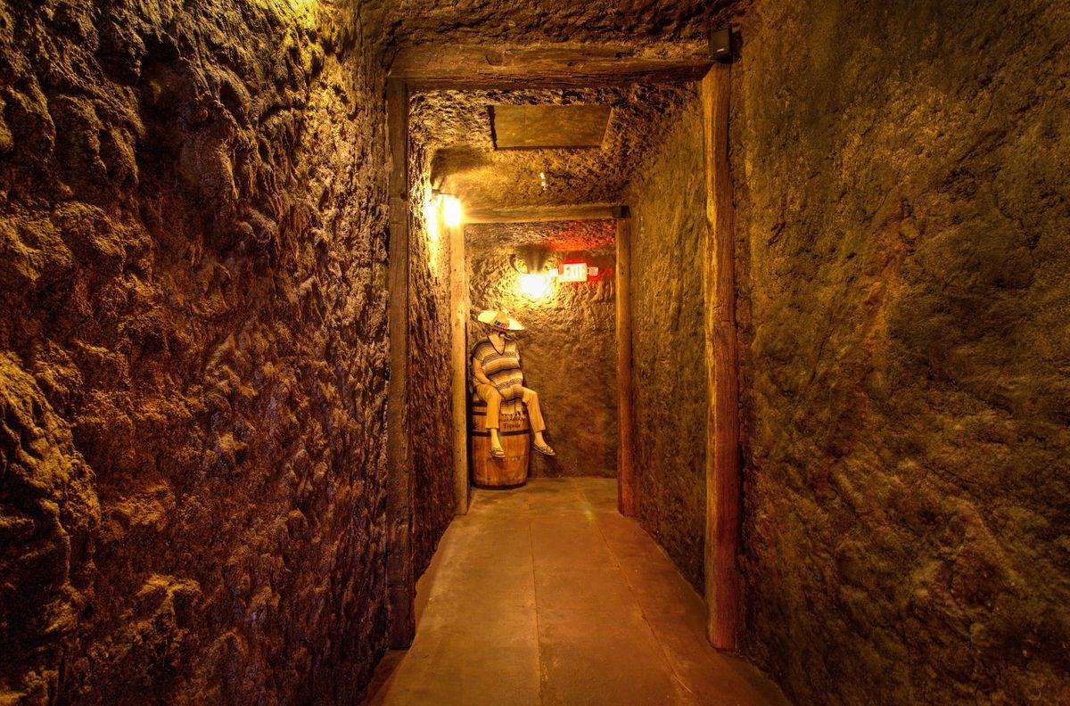 The tunnel to the back bar at Más Por Favor Taqueria y Tequila