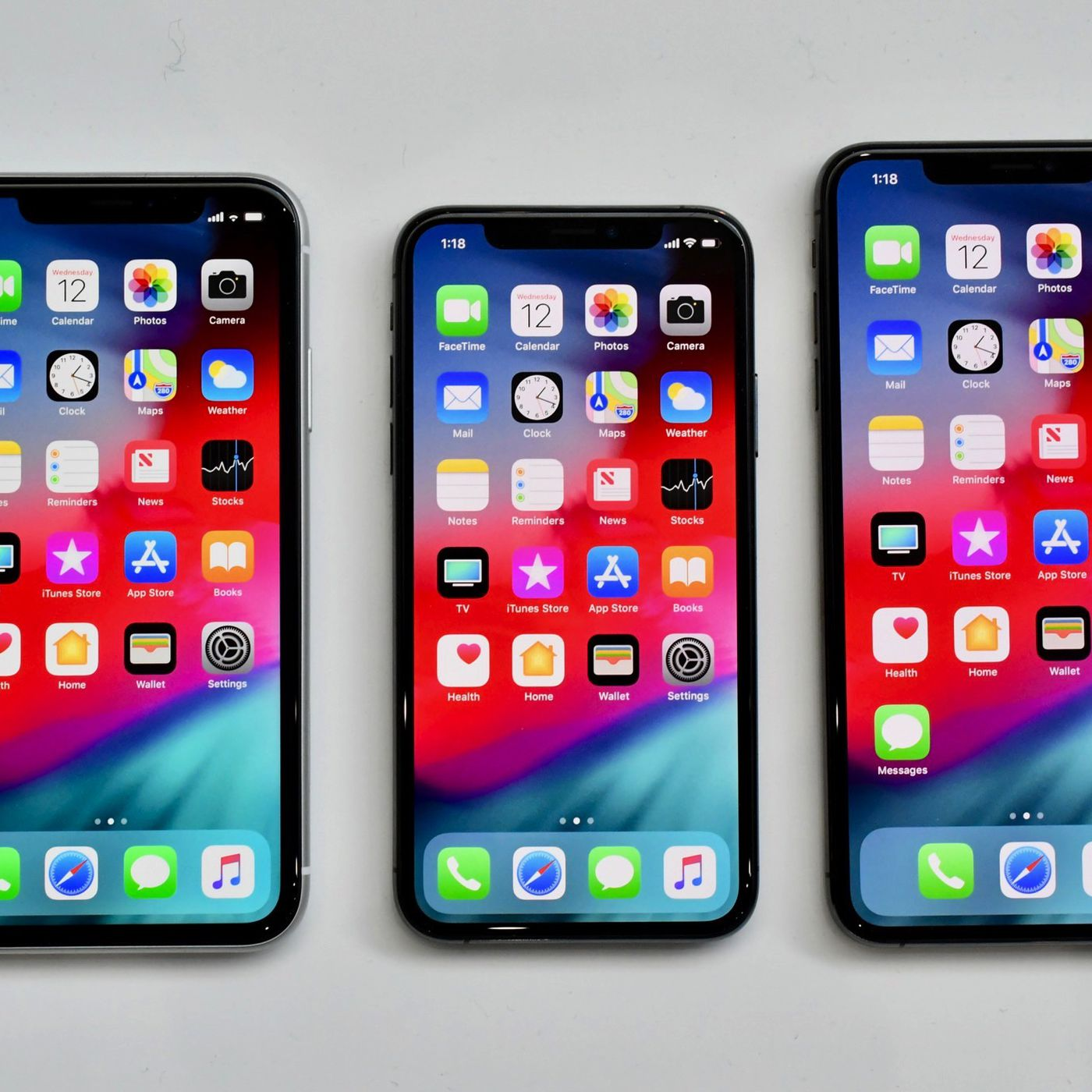 new arrival 6c85b c2e8f Apple unveils repair pricing for iPhone XR, screen fix costs $199 ...