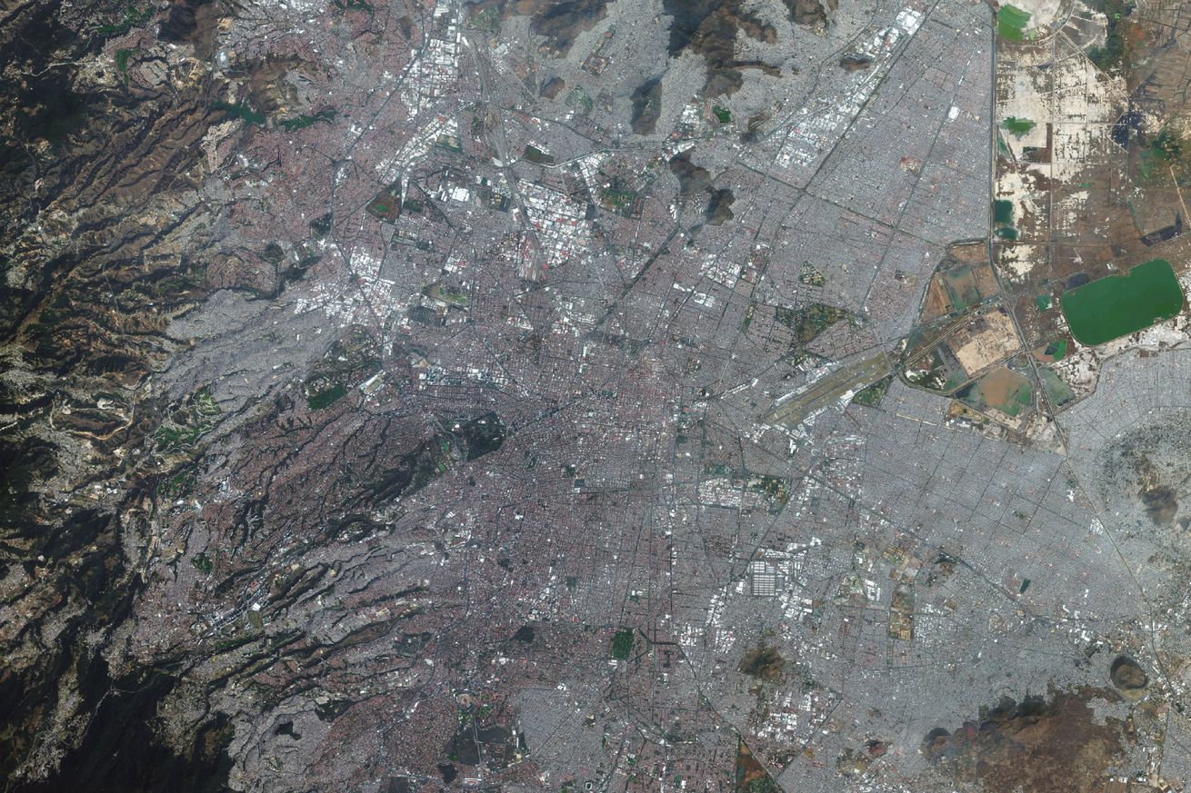 Layer 4. DigitalGlobe satellite imagery of the Aztec Templo Mayor in Mexico City, Mexico. The image was captured on January 12th, 2015.