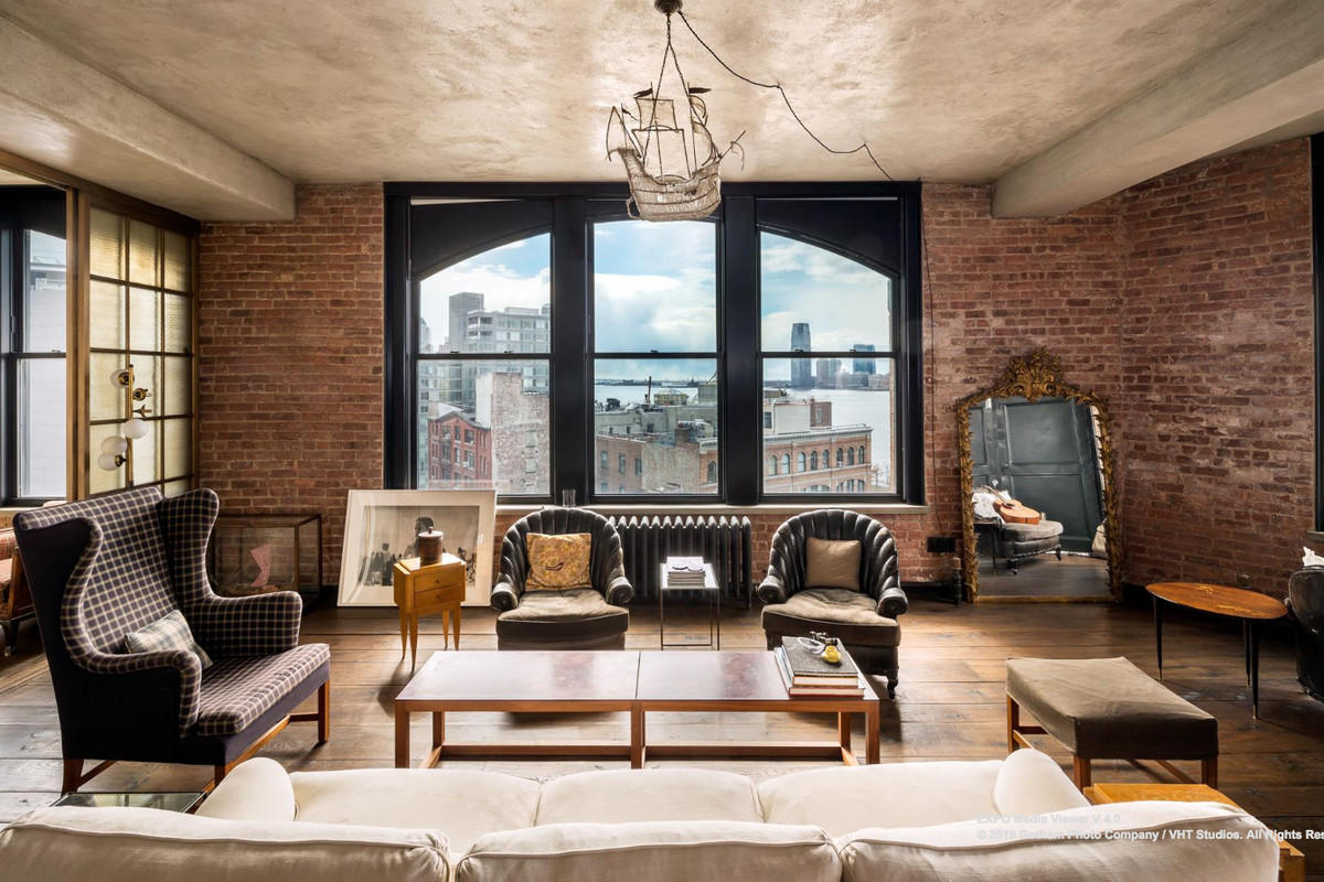 kirsten dunst s funky soho loft is now asking 500k less curbed ny. Black Bedroom Furniture Sets. Home Design Ideas