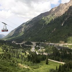 The Snowbird Scenic Foot Tram Ride, and the entire Snowbird resort, offer some of the best scenic views in the Salt Lake City area, so the chance to view them without hiking those 2900 feet is one you don't want to miss