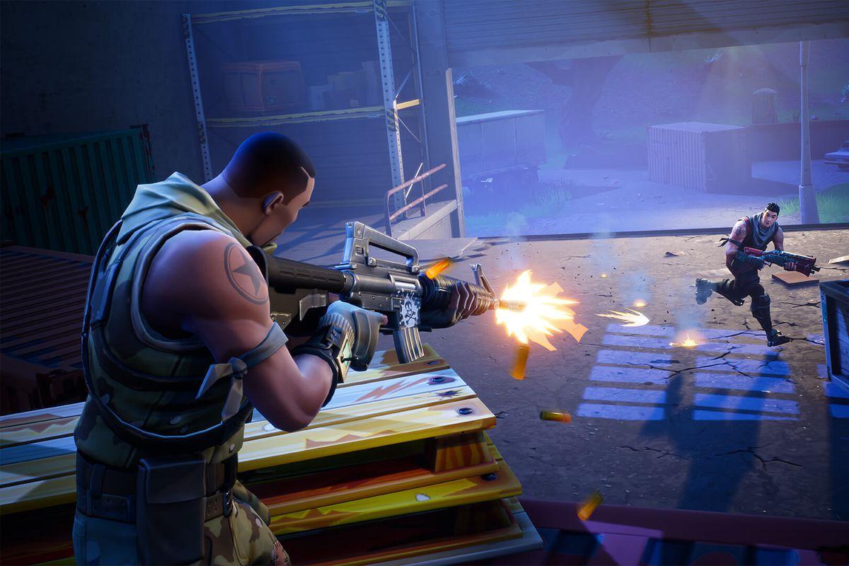 Fortnite: Battle Royale - one-on-one gunfight