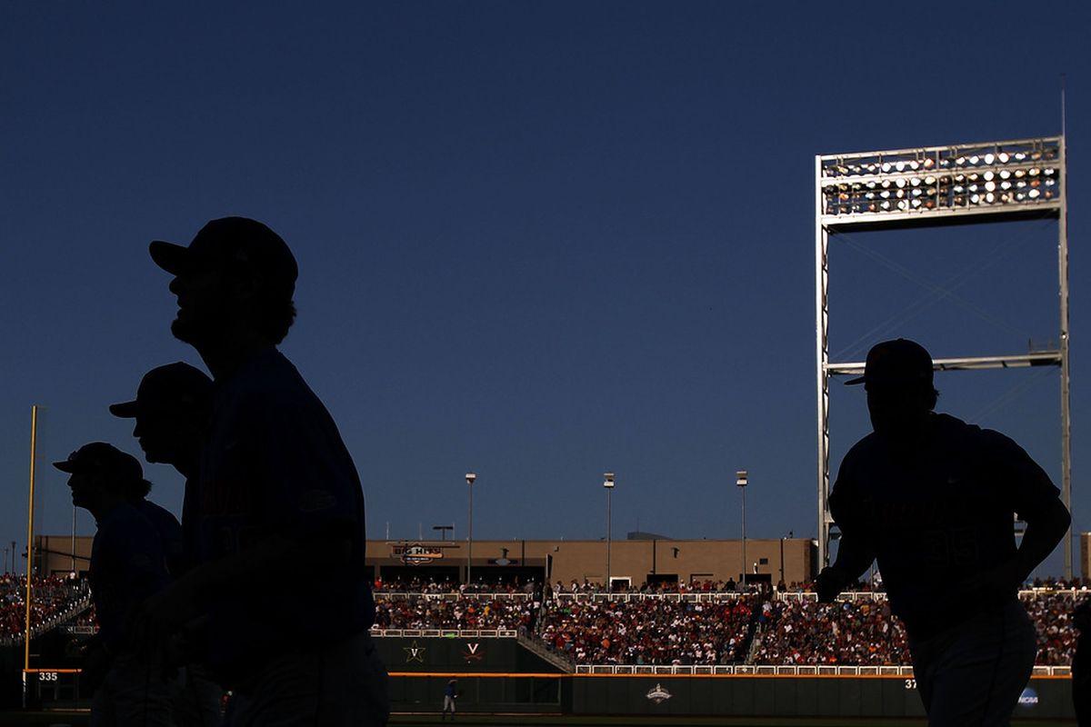 Florida's College World Series heartbreak from 2011 still shadows this year's Gators.
