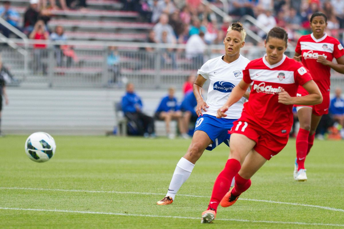 Spirit defender Ali Krieger (11) will need to hold tight against a desperate Breakers attack