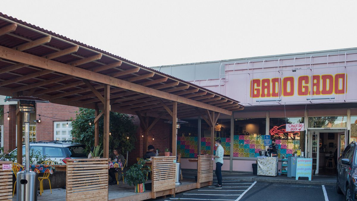 How Portland Restaurant Gado Gado Decorated For Outdoor Dining Eater